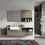 Un esempio di arredo bagno Berloni Bagno: nella foto è rappresentato un bagno arredato con la collezione Plana