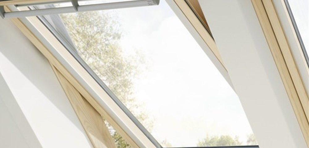 Finestre per tetti la garanzia di velux epm romaepm roma for Finestre x tetti