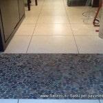 Pavimenti e rivestimenti Salizzo dè Cogoli: tappeto in ciottoli di fiume tagliati