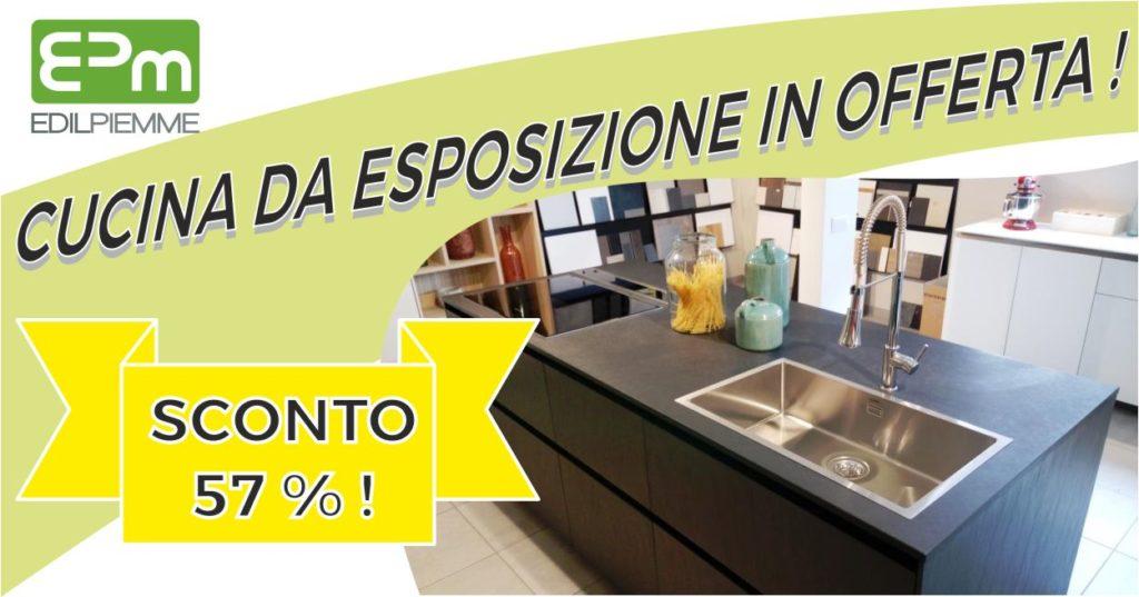 Cucina Da Esposizione Completa Di Elettrodomestici In Offerta Sconto 57 Epm Roma